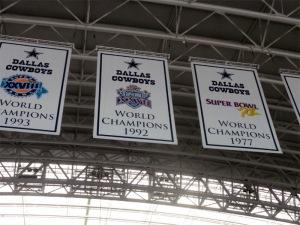 Dallas_Cowboys_stadium_championship_banners_4edit